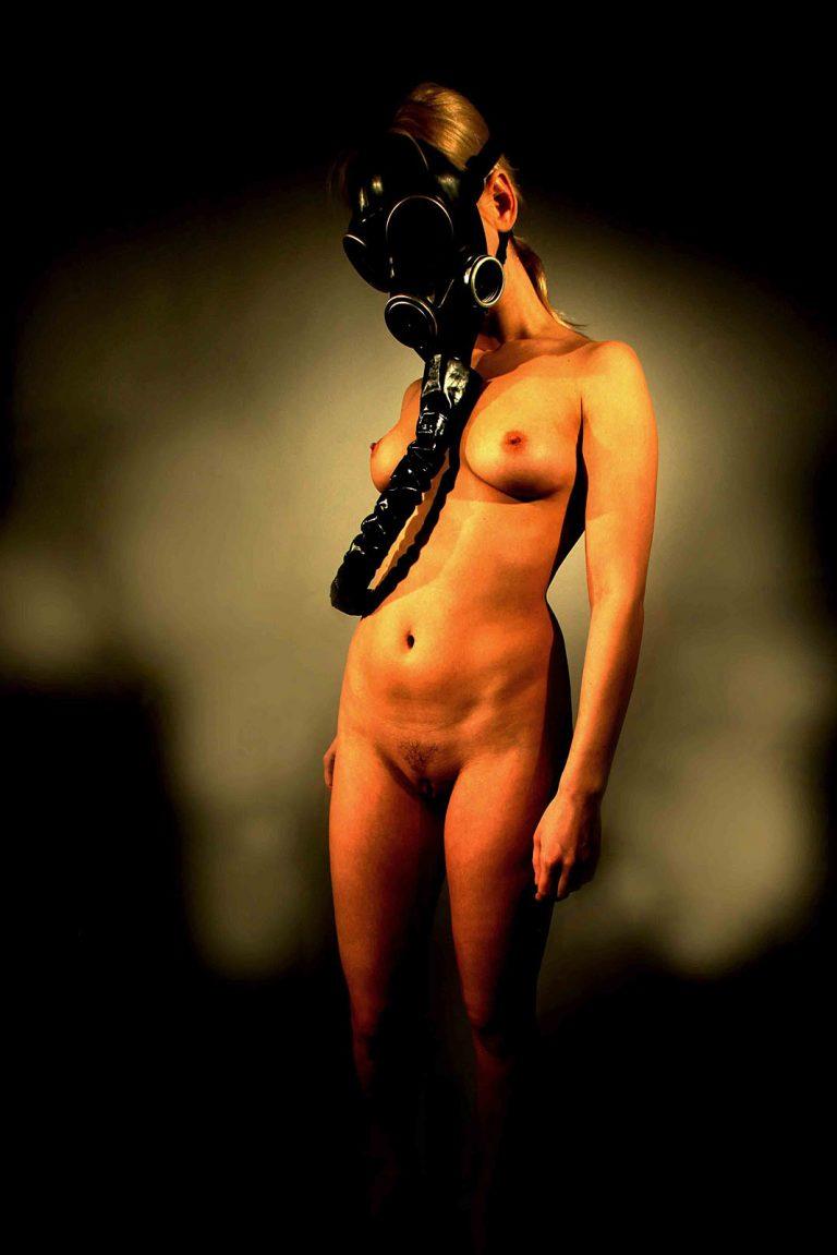 Nudes_005